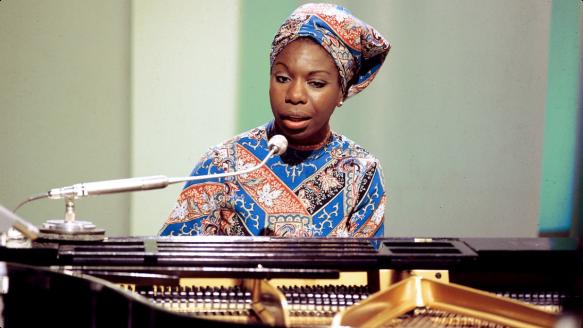 Nina-Simone-piano
