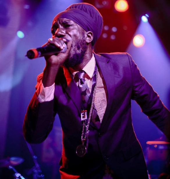 Sizzla Will Be 'Chilling On The Illinois' With Kabaka